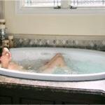 whirlpool hydrotherapy bathtub